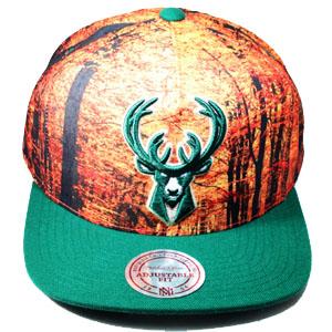 quality design 9b5ef 274bc MILWAUKEE BUCKS mitchell   ness NBA hwc snapback Hat with forest camo crown  – booton