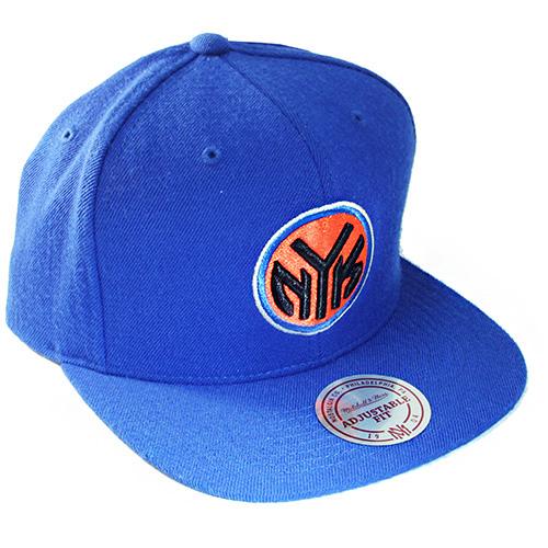 online retailer fb5e5 29468 ... where can i buy mitchell ness nba new york knicks vintage snapback hat  hardwood 96320 c7283
