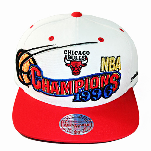 19d084bbf64 Mitchell   Ness NBA Chicago Bulls Snapback Hat 1996 NBA Final ...