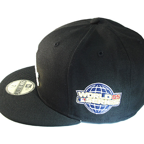 huge selection of 19a21 3092e New Era MLB Chicago Whitesox 5950 Fitted Hat 2005 World series Side Patch  Cap