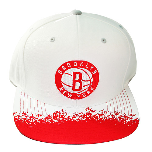 huge selection of 6d905 4350f Mitchell   Ness Brooklyn Nets Snapback Hat Air Jordan Retro 13 White ...