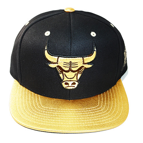 b16d0d0e Mitchell & Ness Chicago Bulls Snapback Hat Air Jordan 4 Retro ...