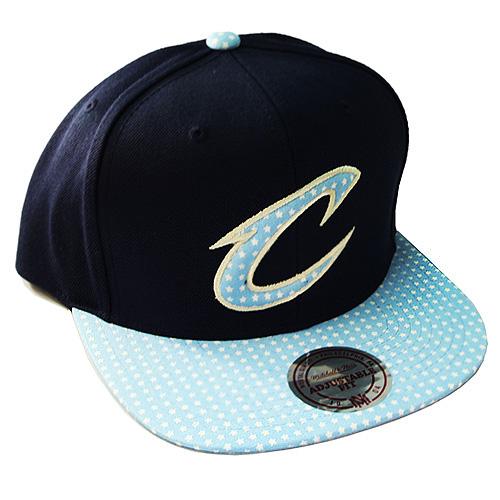 5c86fca764d Mitchell   Ness Cleveland Cavaliers Snapback Hat Navy Sky Blue Star ...