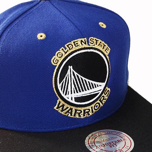 check out 33cc5 ed0f4 Mitchell   Ness Golden State Warriors Snapback Hat Blue metallic ...