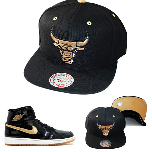 a02ca8f0bba Mitchell   Ness NBA Chicago Bulls Snapback Hat Air Jordan Retro 1 Black  Gold Cap – booton
